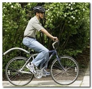 Барак Обама на велосипеде