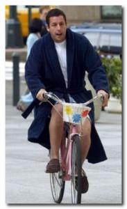 На велосипеде Адам Сэндлер