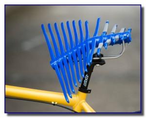 Седло велосипеда Manta близко